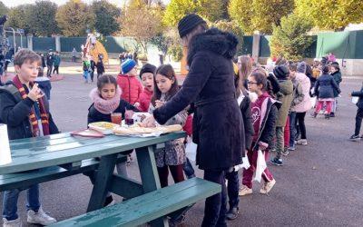 Compote  à base de rhubarbe du jardin de l'école