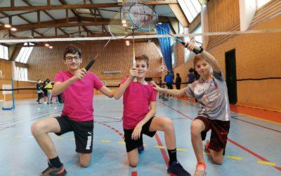 Qualification des benjamins en badminton : champions de district, en route pour les interdistricts !